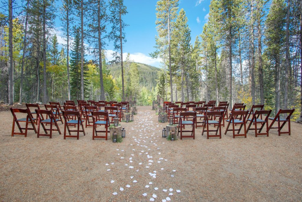 Outdoor or Indoor Weddings